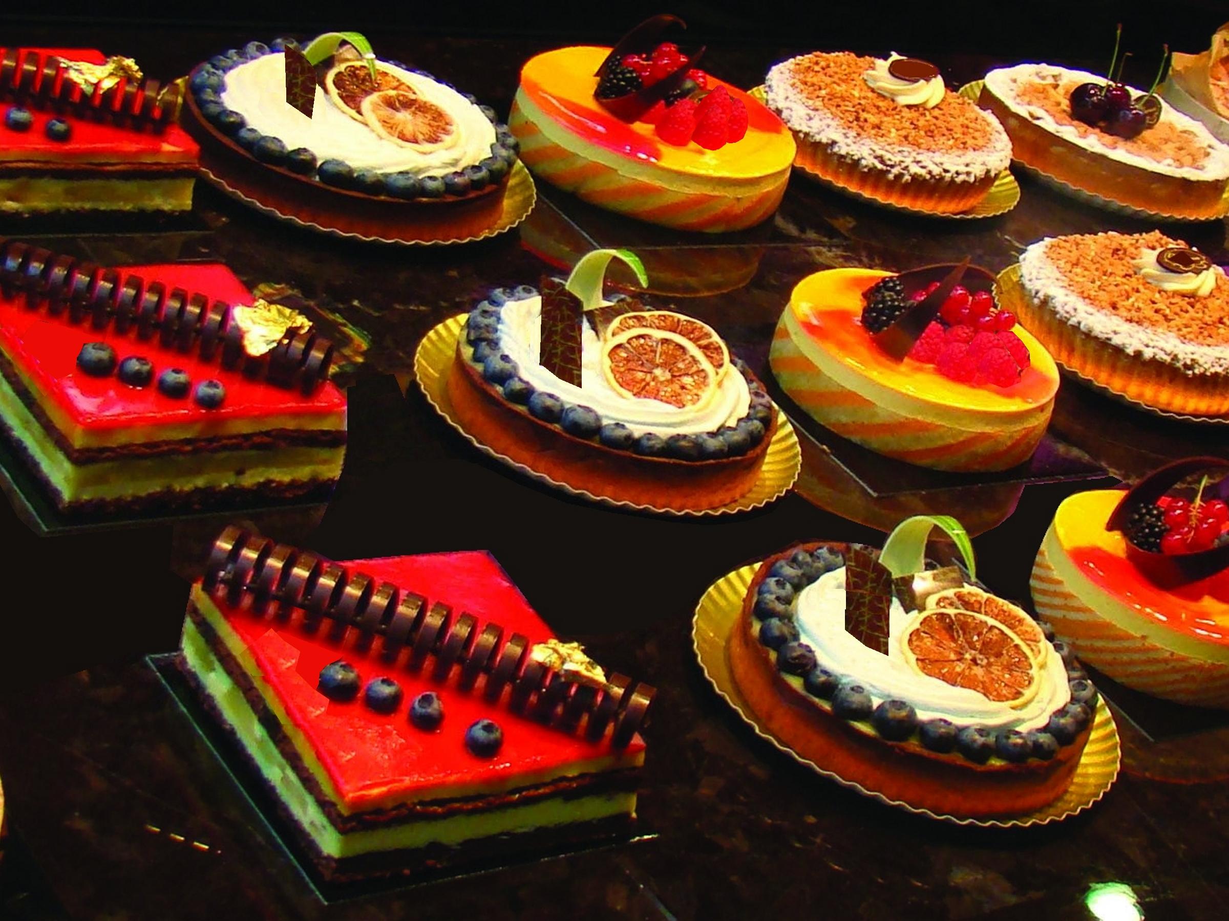 taarten in etalage slider